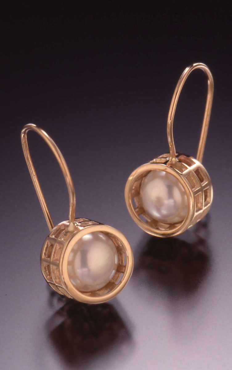 Caged Pearl Wire