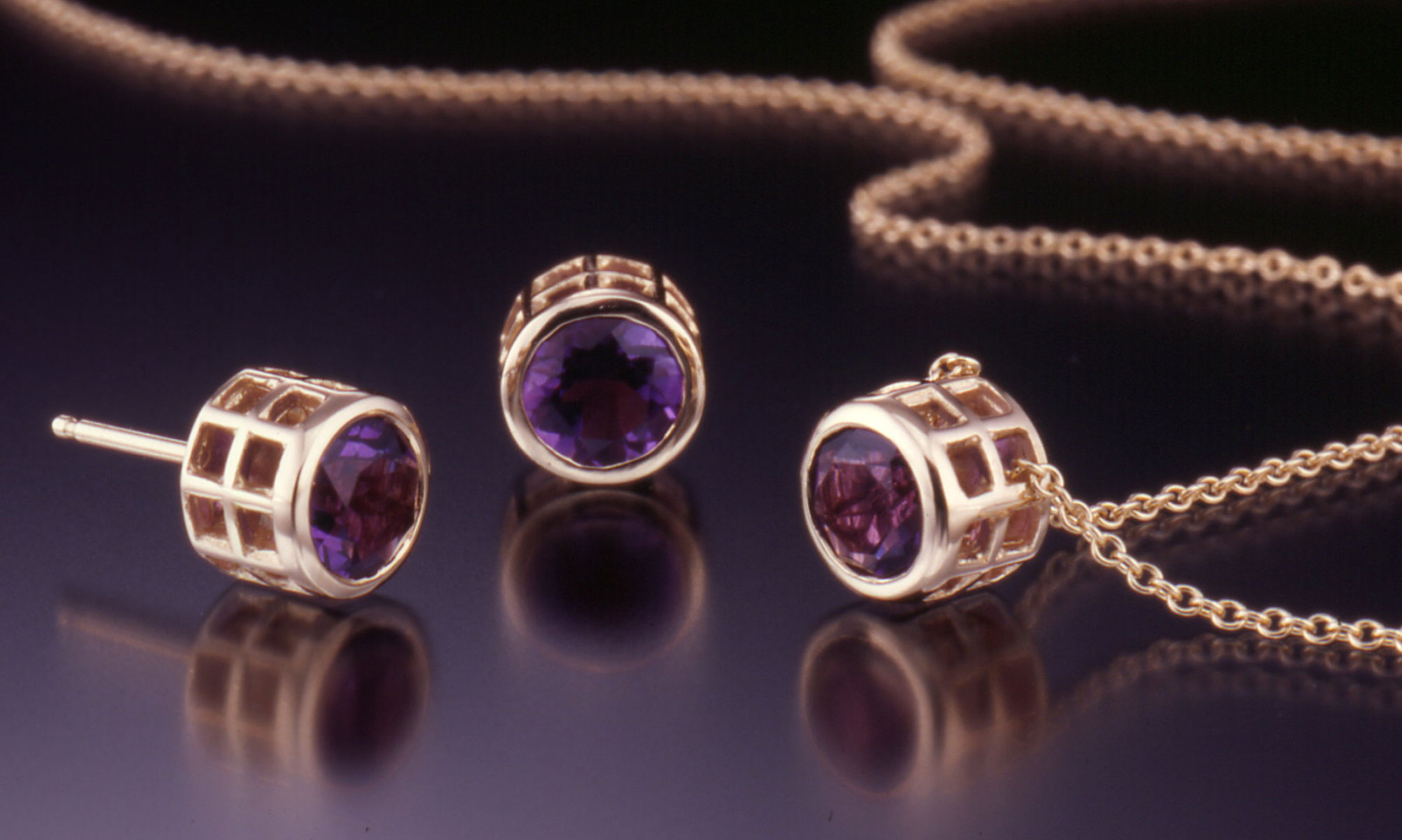 Caged facet amethyst