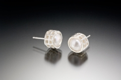 Mesh silver caged pearl posts