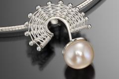 Fandango large pearl pendant