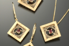 Woven Square pendants & earrings garnet