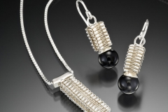 Box Stitch pendant & earrings