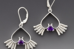 Queen of Hearts leverbacks silver amethyst