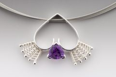 Queen of Hearts pendant silver amethyst